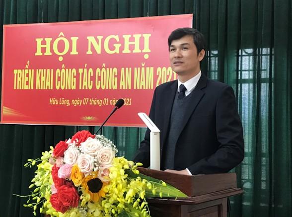 Đ.c Sái Văn Đông, Phó bí thư thường trực Huyện uỷ phát biểu tại hội nghị .jpg