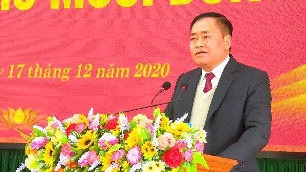 đ.c Hồ Tiến Thiệu, chủ tịch UBND tỉnh phát biểu tại kỳ họp .jpg