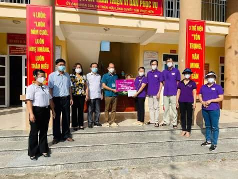 Chi hội thiện nguyện Hữu Lũng hỗ trợ 20 triệu đồng cho BCĐ phòng, chống dịch Covid -19 Thị trấn Hữu Lũng.jpg
