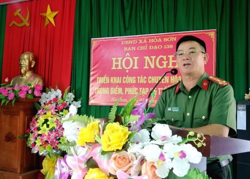 Thượng tá Sầm Văn Lộc - Phó trưởng phòng PV05 Công an tỉnh phát biểu chỉ đạo tại Hội nghị.jpg