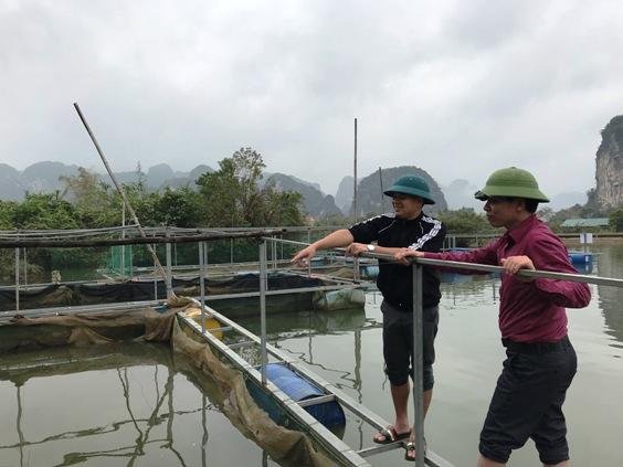 Thẩm định hỗ trợ đầu tư cho hộ nuôi cá lăng tại xã Yên Sơn.jpg